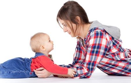 развитие ребенка в 6-9 месяцев