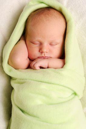 Уход за новорожденным - сон новорожденного