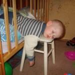как спят маленькие дети