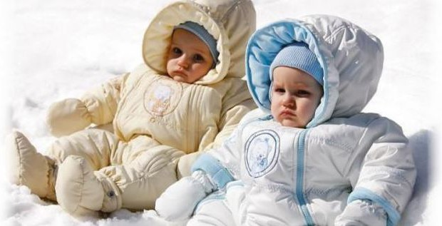 как выбрать комбинезон для новорожденного или грудничка