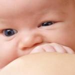 срыгивание у новорожденных