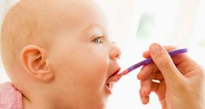 введение твердой пищи в рацион ребенка