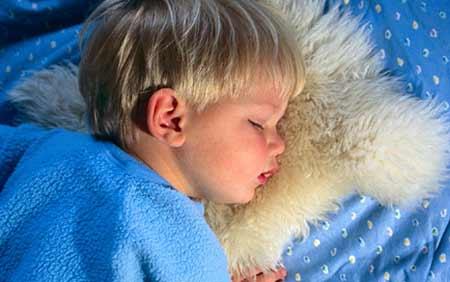 ребенок в 5 лет писается ночью