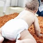 как помочь ребенку ползать