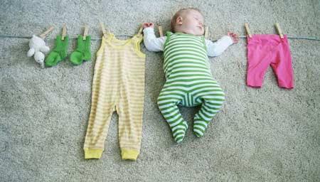 чем стирать вещи новорожденного