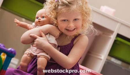 игры для детей - играем с куклами с пользой