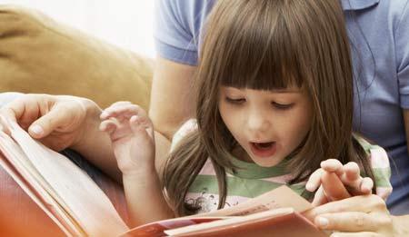 обучаем ребенка чтению - начинаем со слогов