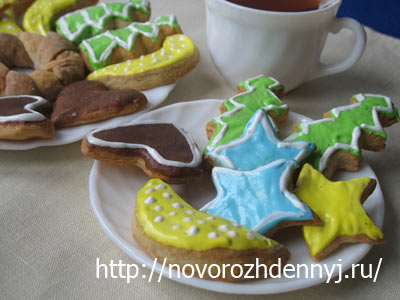 декорированное новогоднее печенье