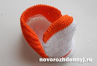Связать кеды для новорожденного крючком
