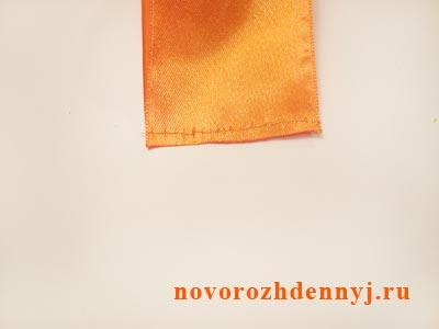 оранжевые бантики