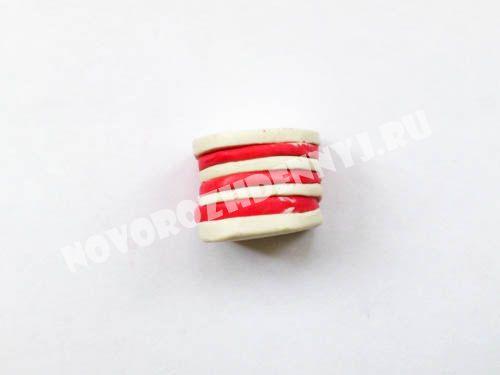 пирожное из пластилина - еда для кукол