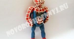человек паук из пластилина