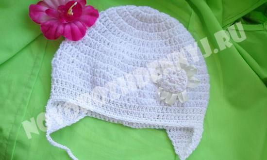 осенняя и весенняя шапочка для девочки крючком