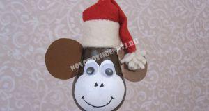 Новогодняя игрушка обезьянка на елку