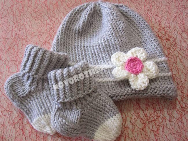 шапочка для малышки спицами
