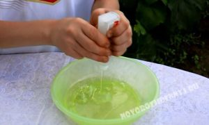 Как сделать лизуна если нет тетрабората натрия и красителей